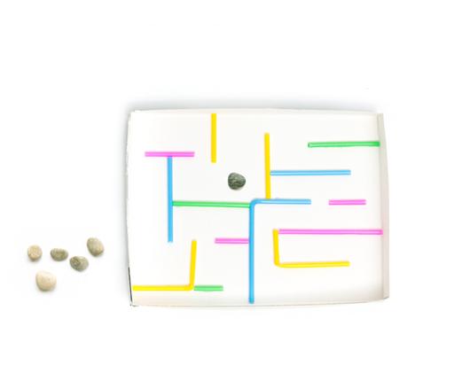 Kamenček v labirintu